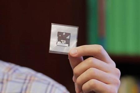 Smartphone sensor detects hazardous gases