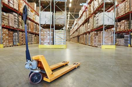 Tips for Buying Pallet Trucks and Jacks